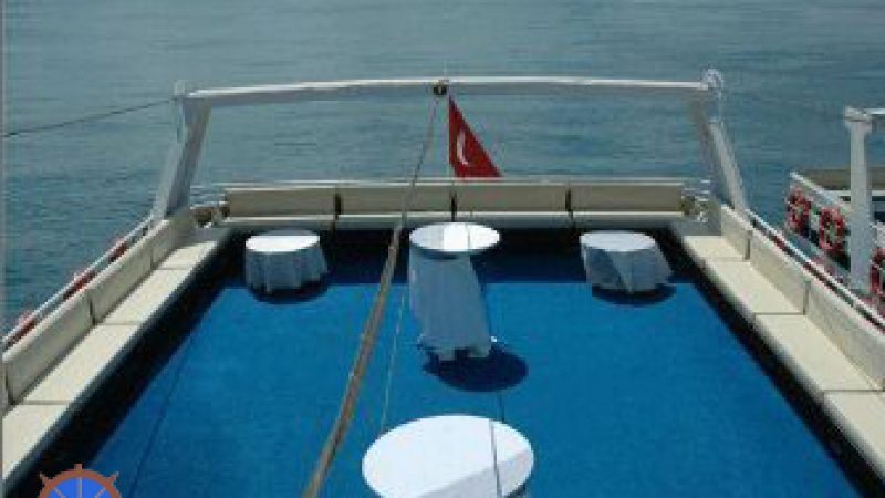 Kiralık Tur Teknesi